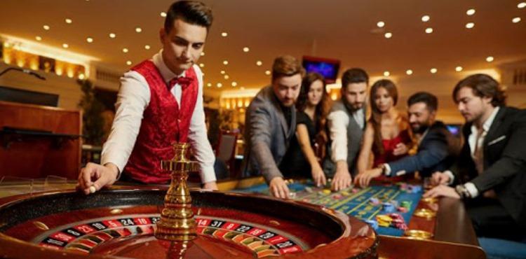 Alasan Player Poker Juga Sering Bermain Roulette Uang Asli